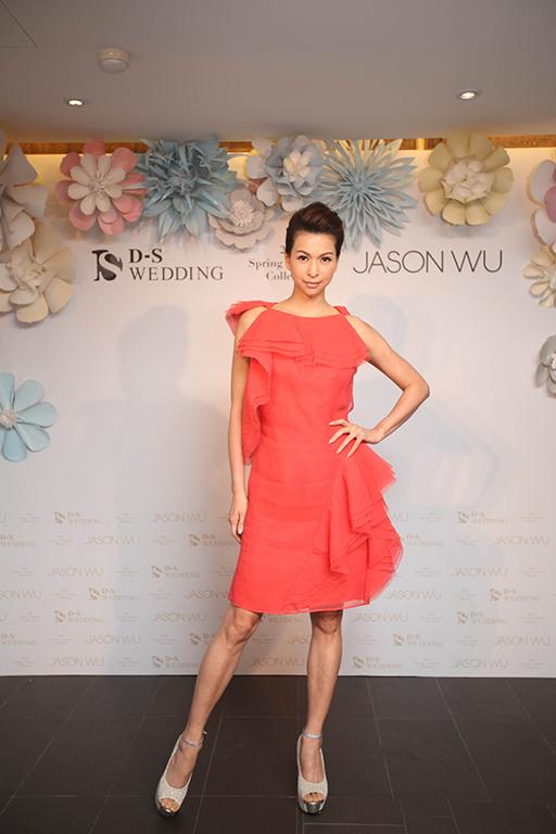 0419 2016 D-S Wedding春夏「Blossom綻放」x Jason Wu禮服發表會_Jason Wu珊瑚紅縐絲烏干紗裙
